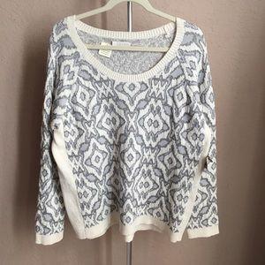 3/$30 Hinge Sweater Sz L